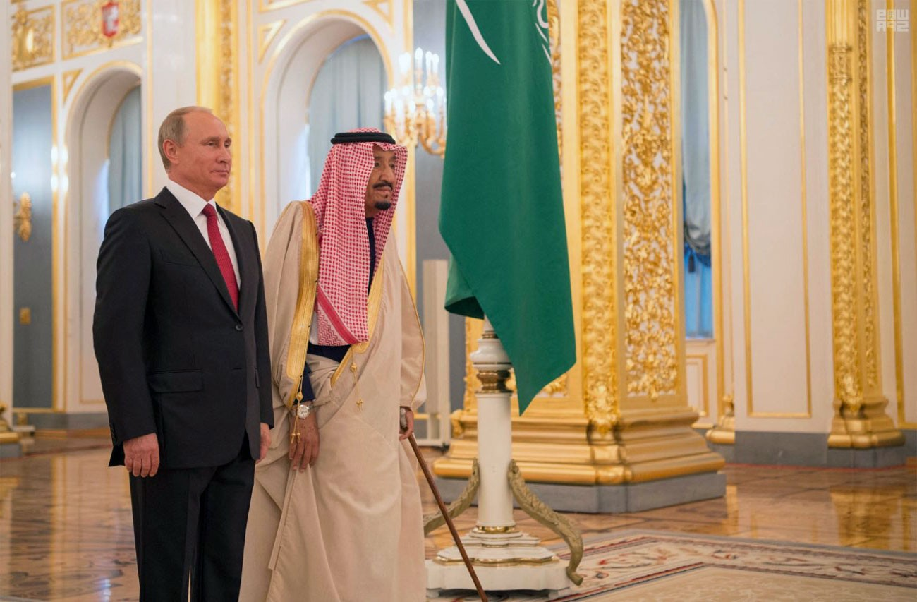 الملك سلمان:تعزيز العلاقات مع موسكو يخدم استقرار العالم