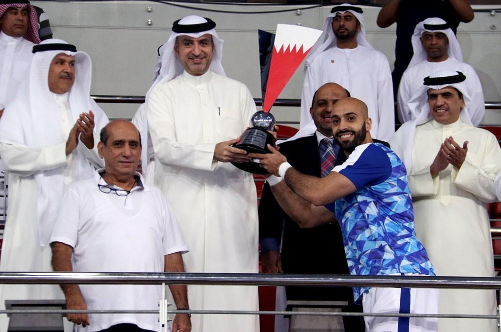 رئيس اتحاد اليد يهنئ نادي النجمة بفوزه بكأس السوبر البحريني الإماراتي