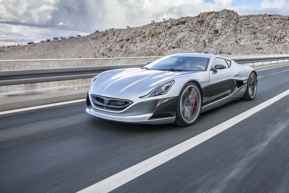 معرض دبي الدولي للسيارات يتألق بتشكيلة فريدة من السيارات