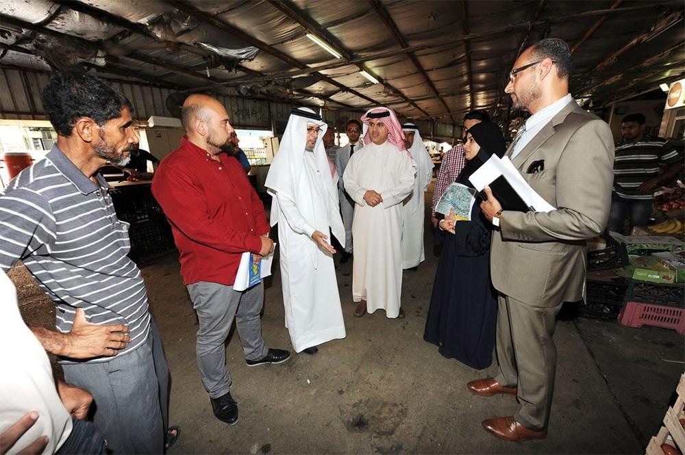 أبو الفتح: وضع التصاميم الأولية لبدء تطوير سوق جدحفص