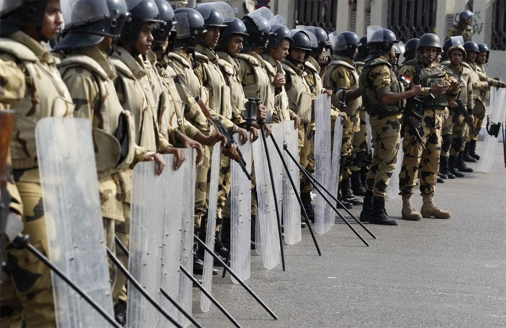 """تمديد """"حالة الطوارئ"""" في مصر 3 أشهر"""
