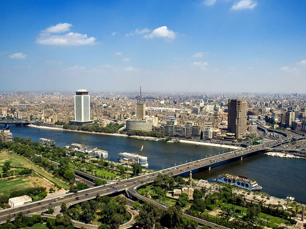 مصر تبني أطول ناطحة سحاب في إفريقيا.. والصين تكشف التفاصيل