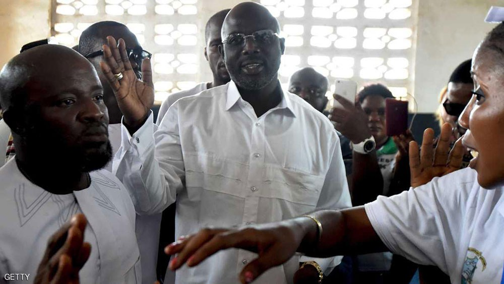 صاحب الكرة الذهبية يقترب من رئاسة ليبيريا