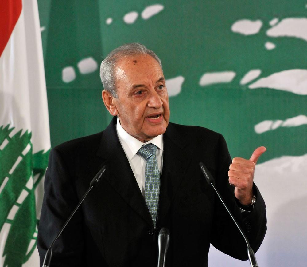 رئيس البرلمان: حكومة لبنان قائمة رغم استقالة الحريري