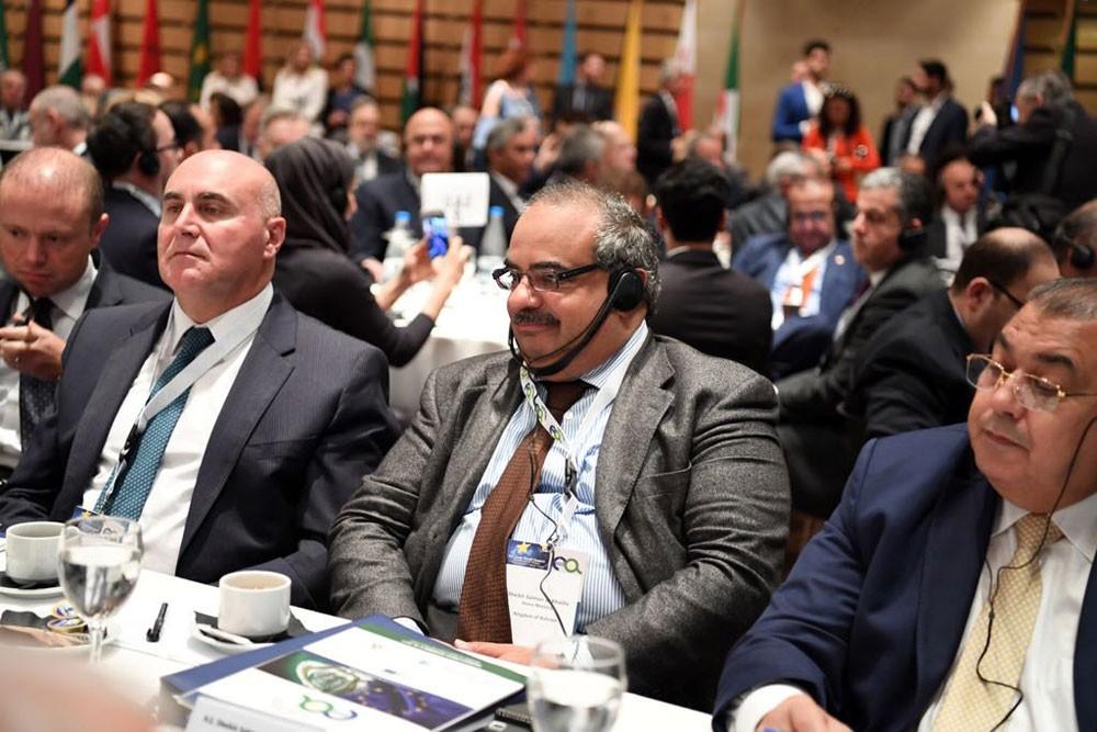 مستشار رئيس الوزراء يشارك في أعمال القمة الأوروبية العربية الثانية