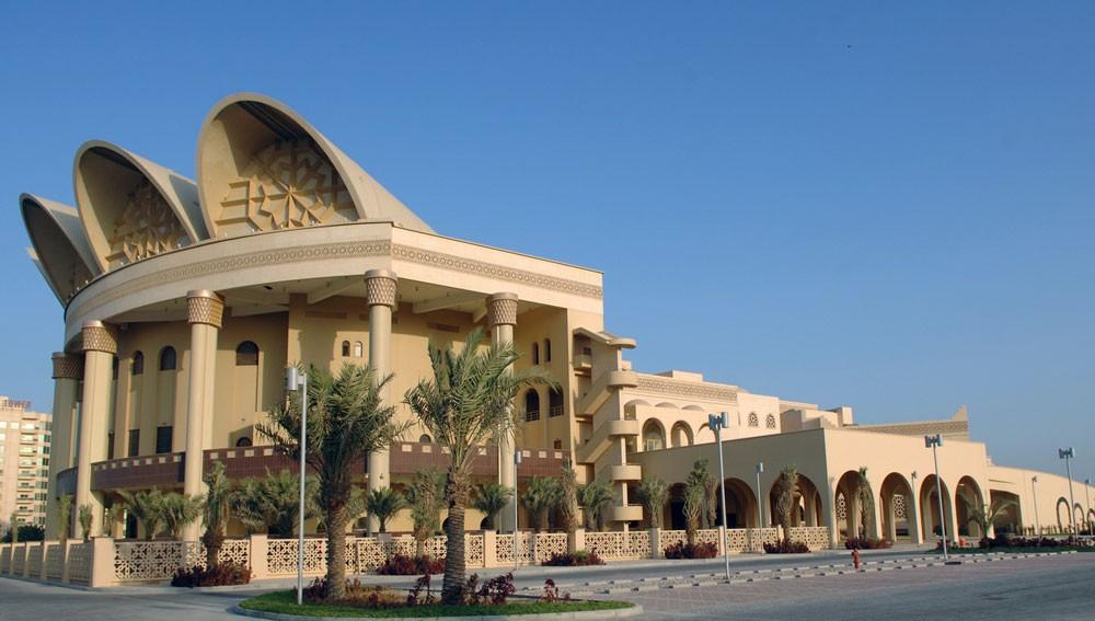 """""""عيسى الثقافي"""" يقيم اللقاء الرابع من منتدى البحرين للكتاب"""