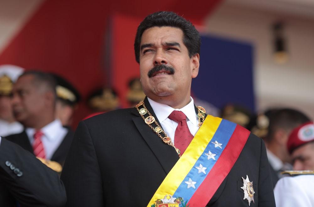 مادورو يستبعد إعلان فنزويلا توقفها عن سداد ديونها