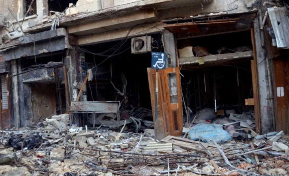 """مقتل مدنيين بغارات """"مجهولة"""" على سوق شمالي سوريا"""