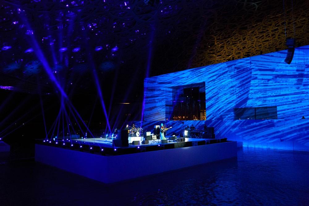 متحف اللوفر أبوظبي يواصل احتفالاته