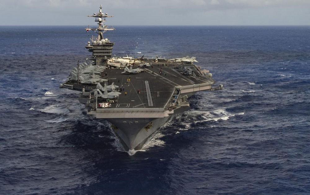 كوريا الشمالية تحذر.. المدمرات الأميركية تثير تهديدا نوويا
