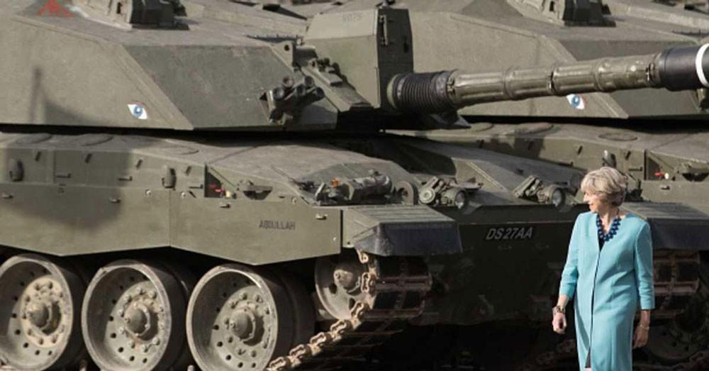 """صدمة في بريطانيا.. إنفاق 381 مليون على """"دبابات خردة"""""""