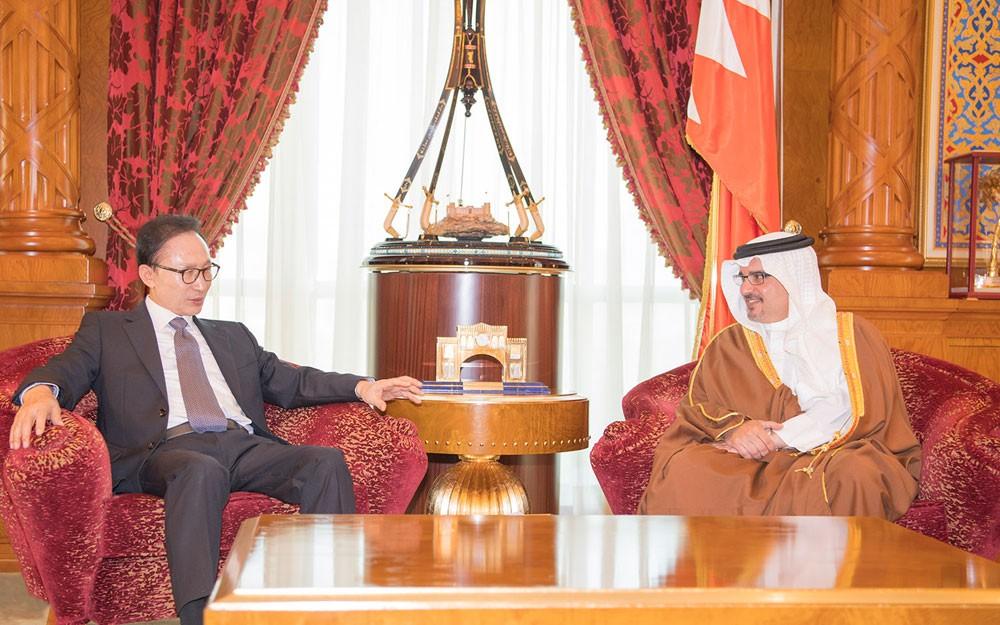 ولي العهد: تعزيز مجالات التعاون الصناعي بين البحرين وكوريا الجنوبية