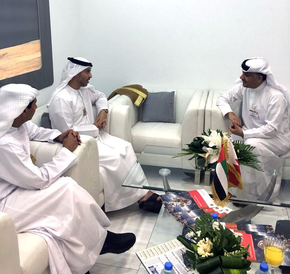 الفضاء الإماراتية توقع على اتفاقية المشاركة في معرض البحرين للطيران