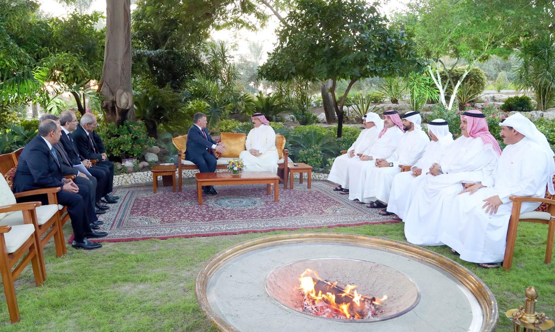 الملك والعاهل الاردني يؤكدان أهمية وحدة الصف العربي