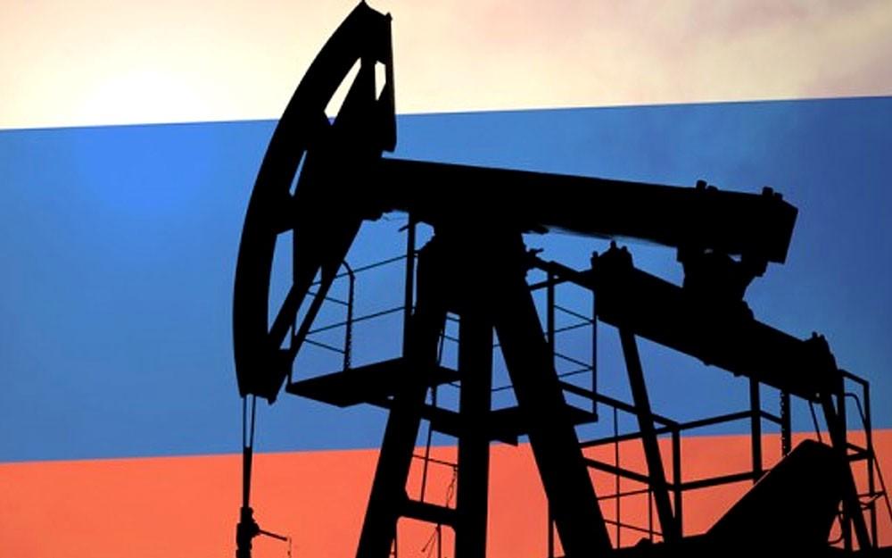 الحكومة والشركات الروسية ستواصل مباحثاتها بشأن خفض إنتاج النفط