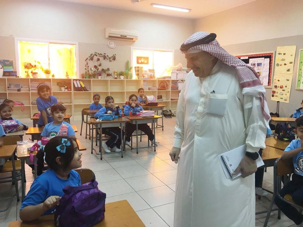 توفير الدعم والمساندة للمدارس الخاصة للارتقاء بخدماتها التعليمية