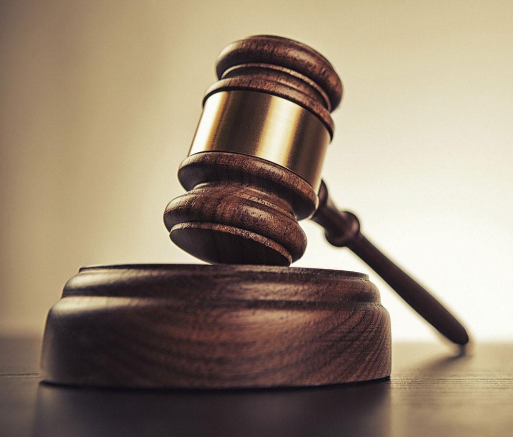 المحكمة تبرأ المتهمَين بقضية دعارة بركة السباحة لعدم كفاية الأدلة