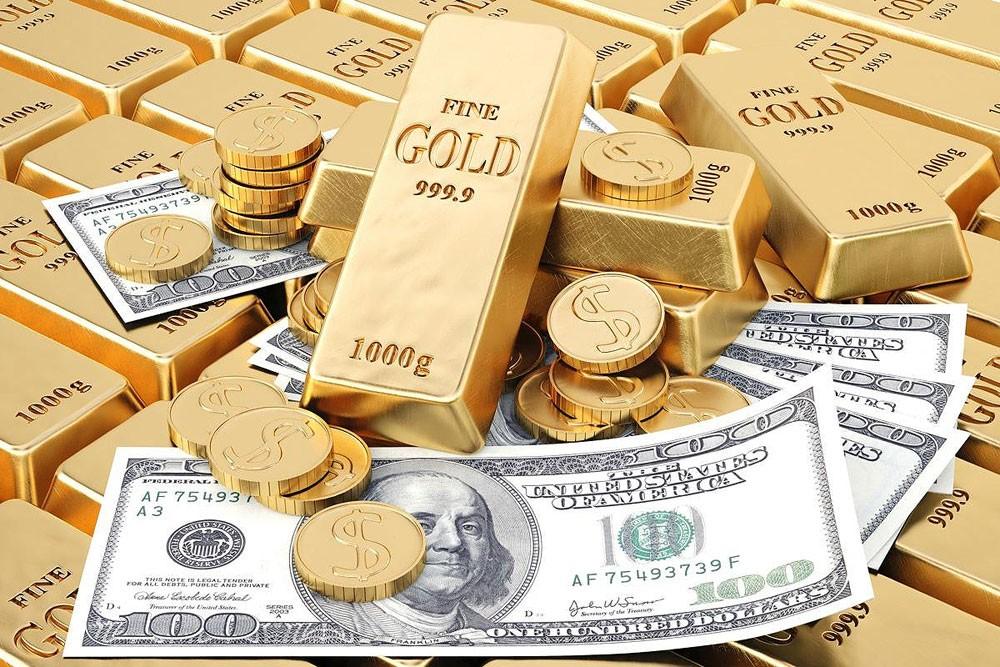 أسعار الذهب تقفز 1.2% لفترة وجيزة مع تراجع الدولار والأسهم الأمريكية
