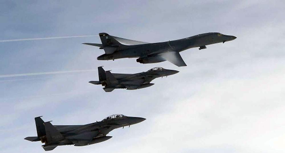 """مناورات أميركية """"تدفع الجزيرة الكورية إلى حافة حرب نووية"""""""