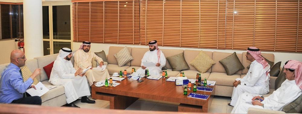 مناقشة برامج الموسم المشاركة الاسيوية اجتماعات الاتحاد الدولي في البحرين