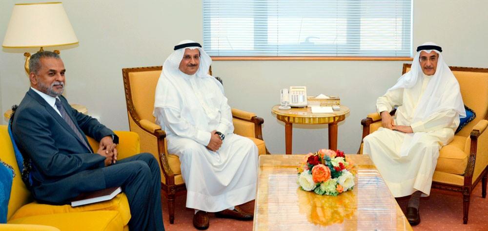 خالد بن عبد الله: الحكومة حريصة على تطوير البنية التحتية للاتصالات