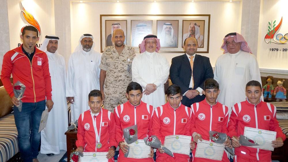 عسكر يستقبل منتخب الدراجات الهوائية الحائز على الفضية العربية