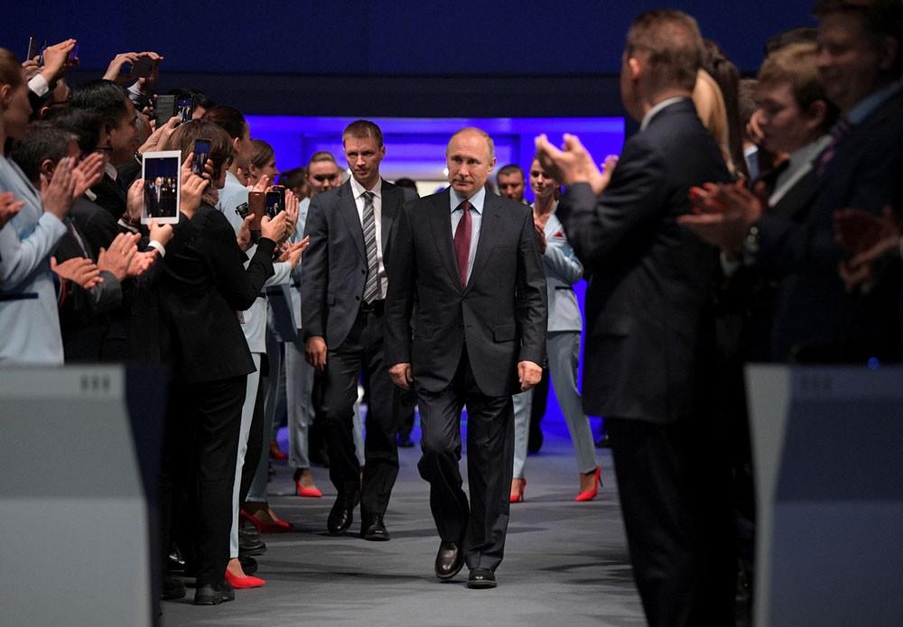بوتين: روسيا تتطلع لتصدير الغاز المسال للسعودية