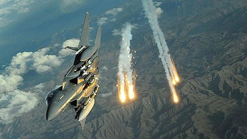 اليمن.. تدمير مخزن أسلحة وأسر قيادي حوثي في الجوف