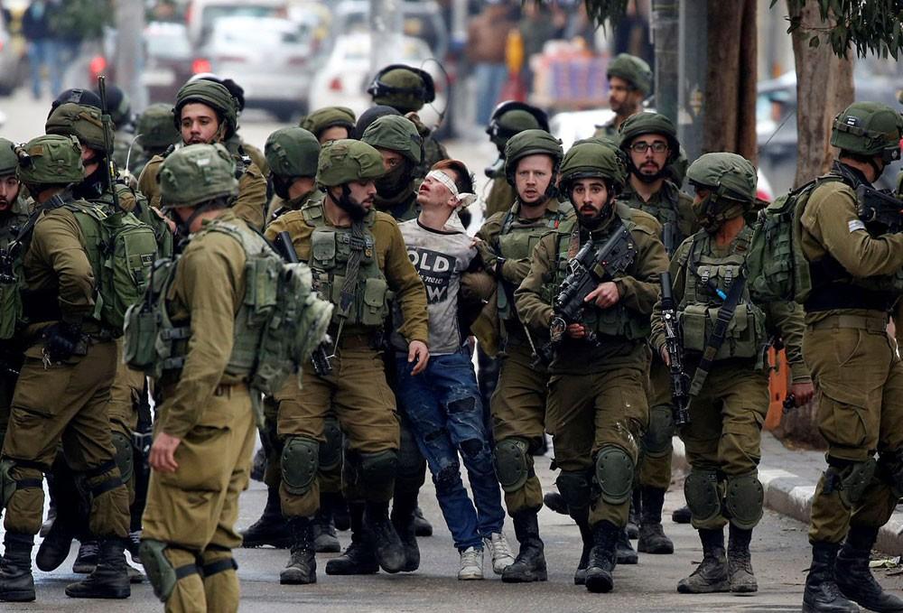 الفلسطيني فوزي الجنيدي ... اعتقال طفولة