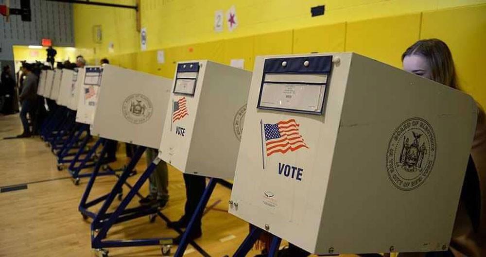 مدير سي آي إيه: الروس يحاولون تقويض الانتخابات بأميركا