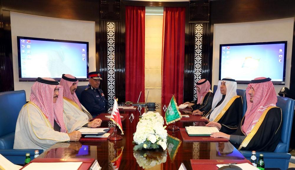 وزير الداخلية يستقبل وزير الداخلية السعودية