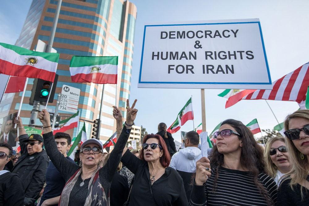 واشنطن تطالب إيران بالإفراج الفوري عن معتقلي الاحتجاجات