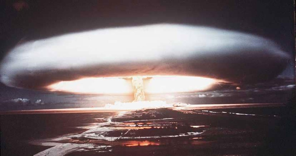"""تحذير عالمي.. الأسلحة النووية """"بين أيدي القراصنة"""""""