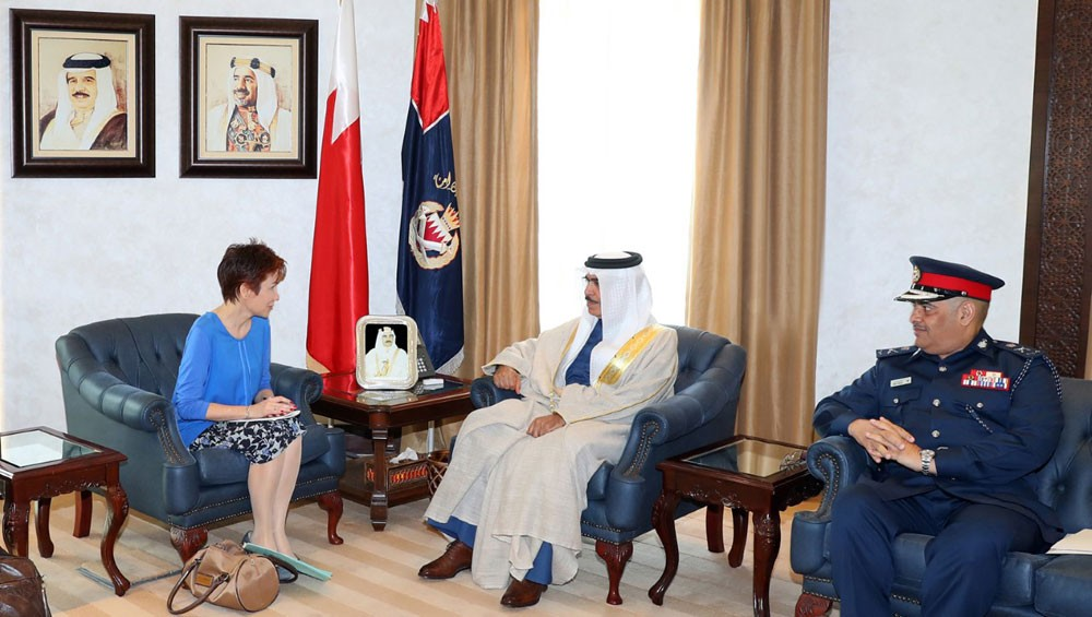 وزير الداخلية يستقبل السفيرة الفرنسية الجديدة بمناسبة تعيينها