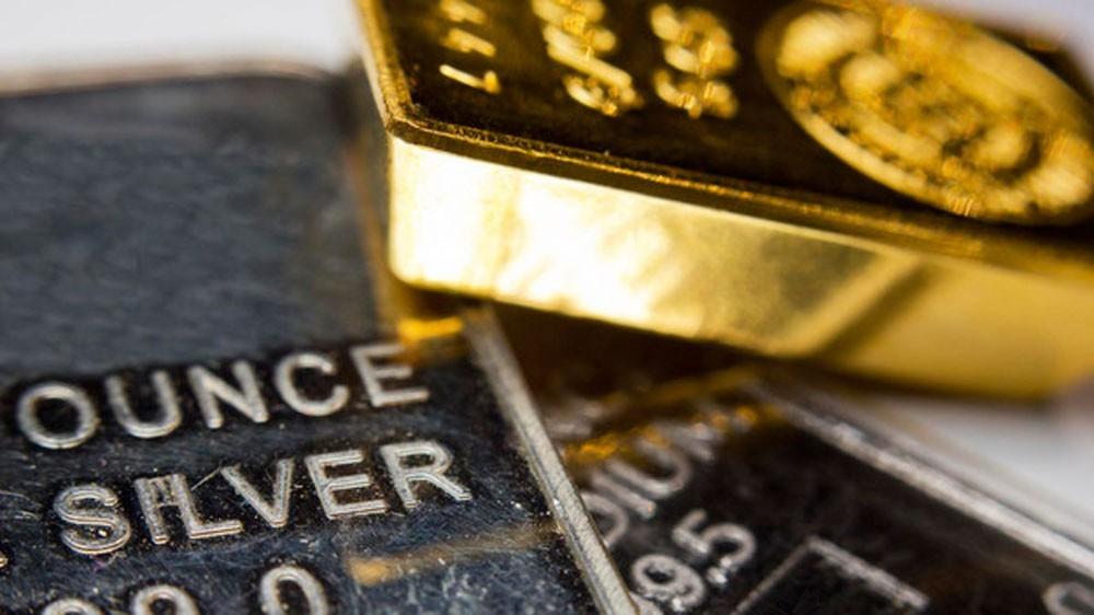 الذهب يتجه لتحقيق أكبر مكاسب بدعم من هبوط الدولار