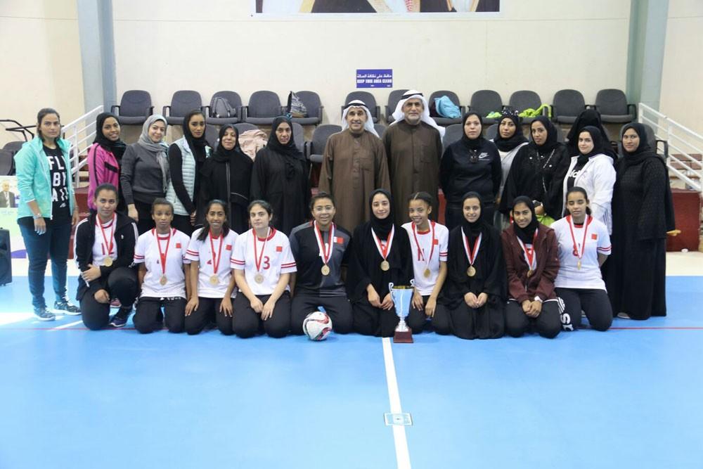 مدرسة المعرفة تُحقق بطولة كرة القدم لمدارس البنات الثانوية