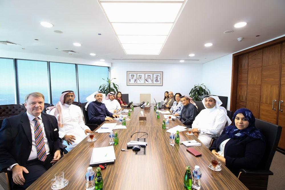البحرين والسعودية تؤكدان تعزيز التعاون وتبادل الخبرات بالضمان الصحي