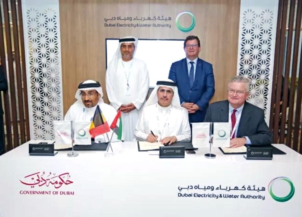 """""""الربط الكهربائي الخليجي"""" و """"هيئة كهرباء دبي"""" يوقعون تخزين الطاقة"""