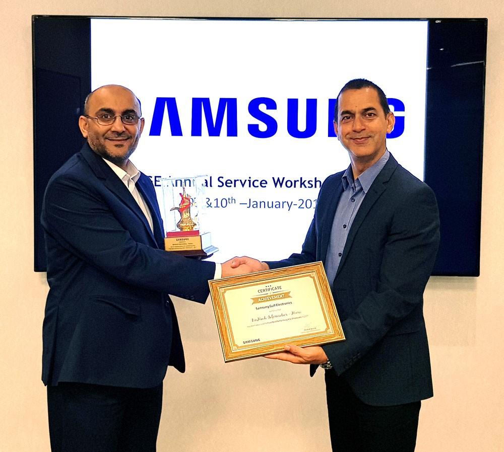 تصنيف مركز سامسونج لخدمات الزبائن بشركة بن هندي إنفورماتكس الأفضل أداءً في عام 2017 في الخليج