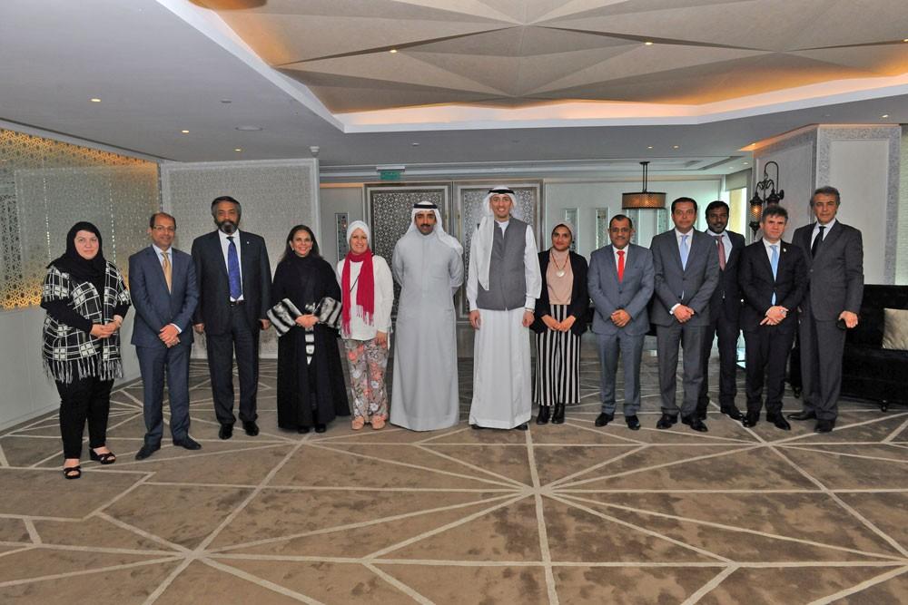 """وزير النفط: """"مشاريع نفطية ممولة ذاتيا لتعزيز النمو الإقتصادي البحريني خلال السنوات القادمة"""""""