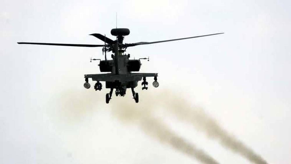 تحطم هليكوبتر يابانية يشعل حريقا بمنطقة سكنية