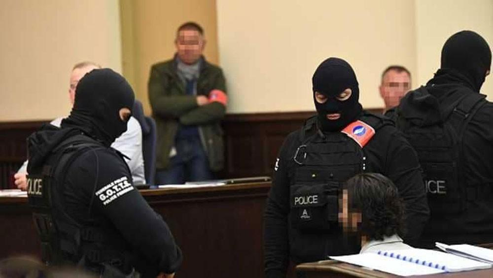 الادعاء يطلب 20 عاما سجنا لأحد مدبري هجمات باريس