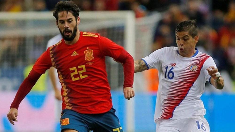 """""""فيفا"""" يبحث احتمالية إبعاد إسبانيا عن مونديال 2018"""