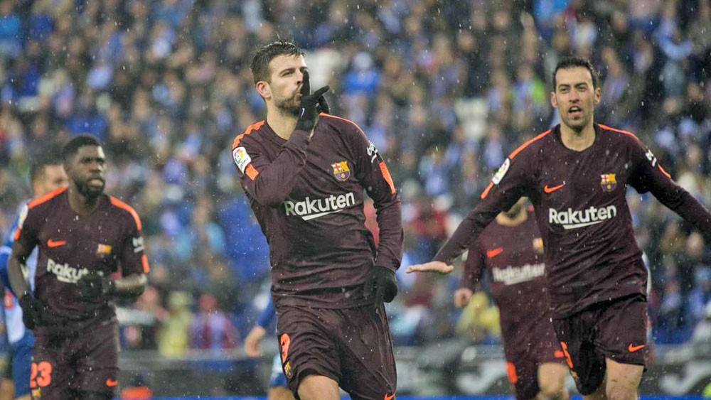 بيكيه قد يواجه عقوبة بسبب احتفاله أمام إسبانيول