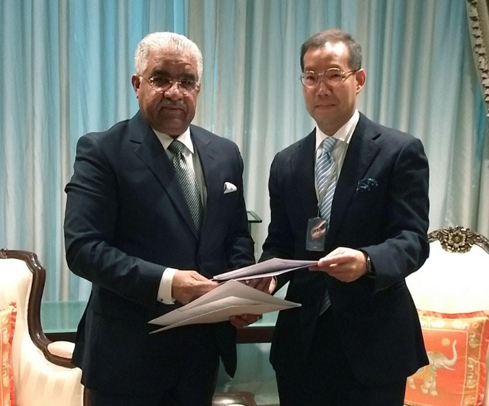 السفير أحمد الهاجري يقدم أوراق اعتماده سفيرا لدى مملكة تايلند
