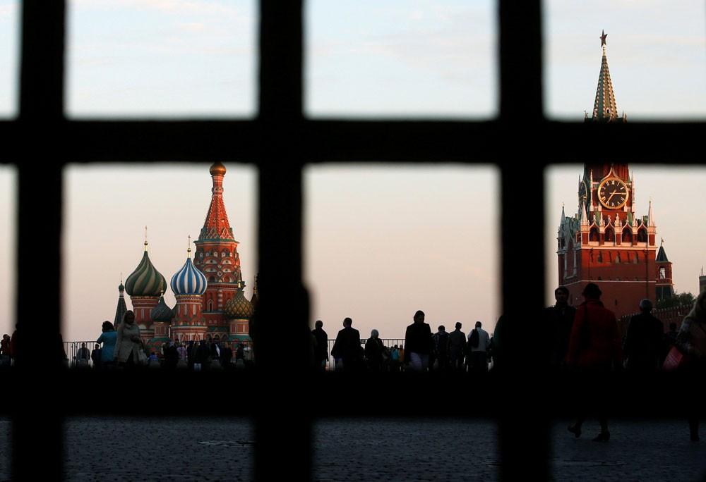 موسكو لا تستبعد قمة روسية تركية إيرانية لبحث ملف سوريا