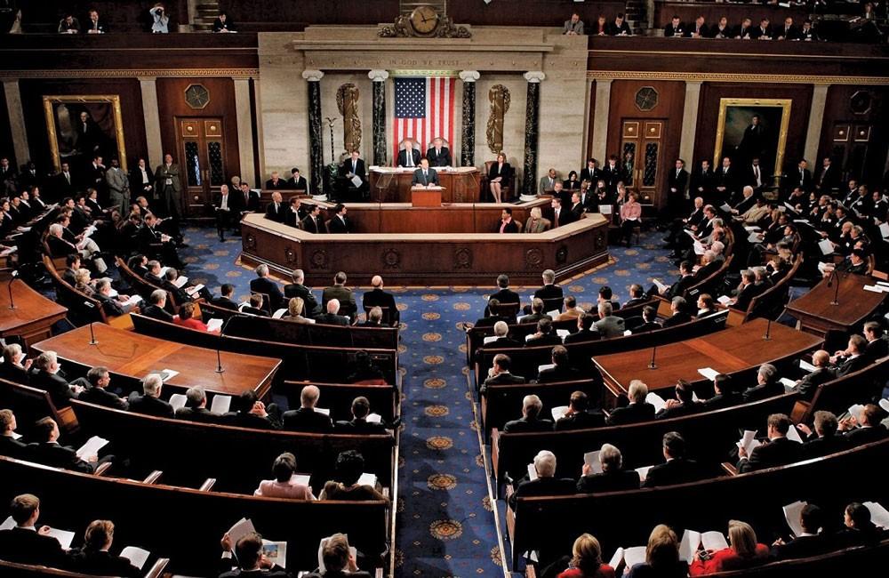 مجلس الشيوخ الأمريكي يقر اتفاق ميزانية في وقت متأخرا جدا