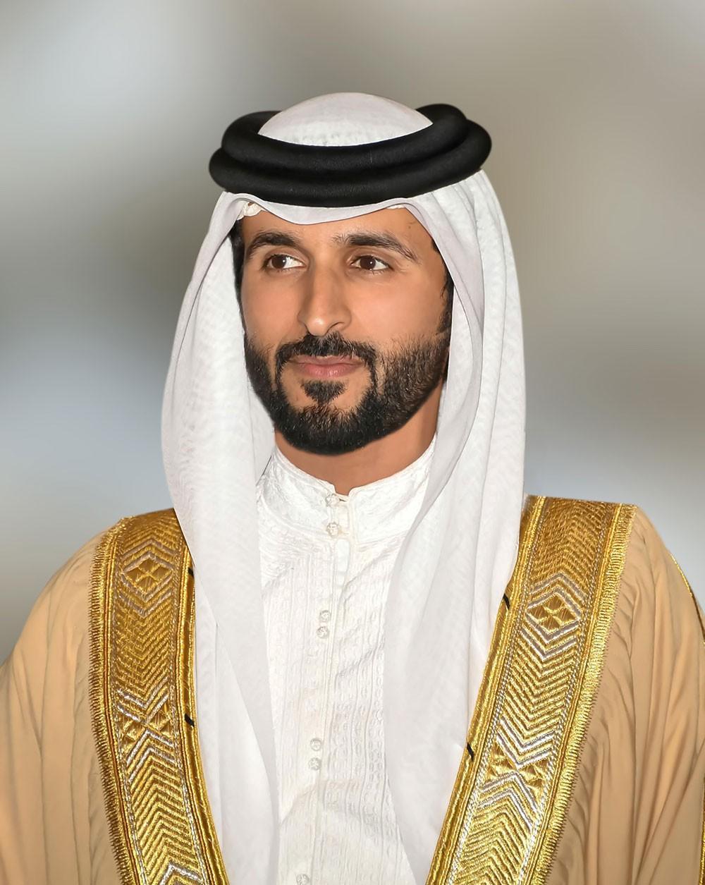 ناصر بن حمد يوجه الدعوة لتنظيم الفعاليات في اليوم الرياضي