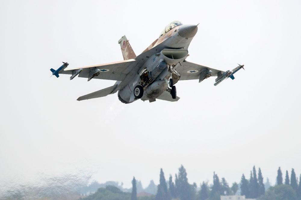 """تقرير إسرائيلي: هذا الخطأ أسقط الـ""""إف 16"""" في سوريا"""