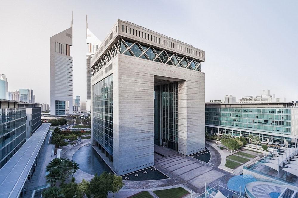 سوق أبوظبي العالمي يدرس وضع إطار عمل للعملات المشفرة